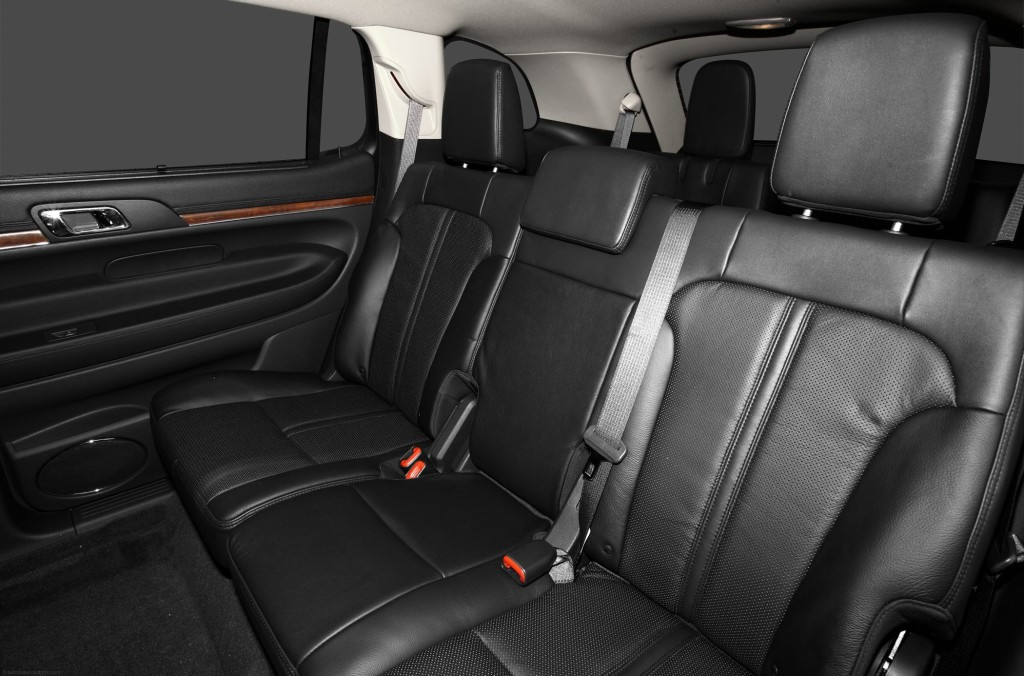 2010-Lincoln-MKT-Wagon-Base-4dr-Front-wheel-Drive-Interior-Back-Seats.png