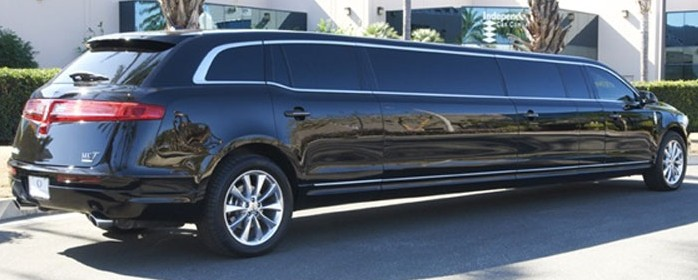Lincoln Mkt Stretch Limousine 8- Passengers-04